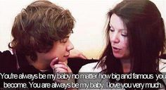 Harry Styles and his mom