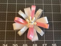 Minnie Mouse Bow. Alligator clip silver by MeridaMerchandise, $2.00