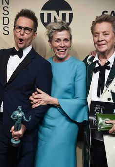 Frances McDormand Photos - (L-R) Actors Sam Rockwell, Frances McDormand and Sandy Martin, winners of Outstanding Performance by a Cast in a Motion Picture for 'Three Billboards Outside Ebbing, Missouri,' pose in the press room during the 24th Annual Screen ActorsGuild Awards at The Shrine Auditorium on January 21, 2018 in Los Angeles, California. - 24th Annual Screen Actors Guild Awards - Press Room
