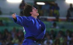 La judokate Sandrine Martinet a été sacrée championne paralympique des -52 kilos jeudi, offrant la première médaille d'or à l'équipe de France aux ...