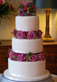 wedding cake 3 separate tiers 1000 images about wedding cake ideas on 21696