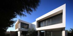Antoniou residence is found at a residential area, in the Southwest bound of the town of Larnaca and North from the salt lake, which extend throughout the wh...