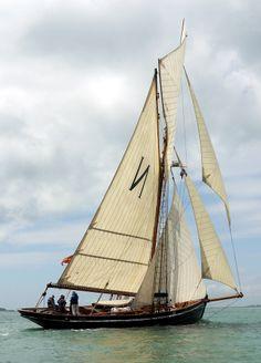 """Mascotte"" Bristol Channel Pilot Cutter off Yarmouth, Isle of Wight"