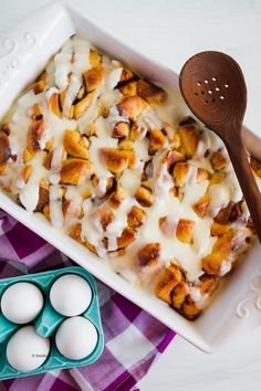 Looking for an easy breakfast recipe for Mother's Day that feeds a crowd? Check out this delicious overnight Cinnamon Roll Casserole Recipe. #overvighcasserole #casserole #breakfastcasserole #mothersday #mothersdaybreakfast #breakfast #cinnamonroll #cinnamonrecipes #cinnamonrollcasserole #breakfastrecipe Delicious Breakfast Recipes, Brunch Recipes, Yummy Food, Yummy Recipes, Yummy Treats, Donuts, Cinnamon Roll Casserole, Overnight Breakfast Casserole, Christmas Breakfast
