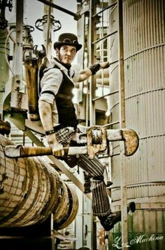 steampunk guy with a Ratchet and Clank wrench. =]