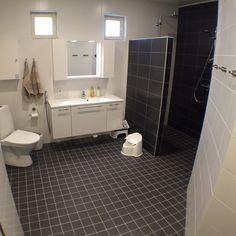 Puustelli bathroom and sauna / badrum och bastu / kylpyhuone ja sauna by Thomas Berglund Saunas, Other Rooms, Toilet, Kitchen Design, Bathroom, Washroom, Flush Toilet, Design Of Kitchen, Full Bath