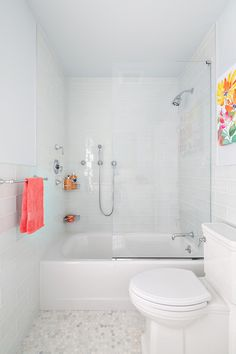 Get inspired by Traditional Bathroom Design photo by Clean Design Partners. Wayfair lets you find the designer products in the photo and get ideas from thousands of other Traditional Bathroom Design photos. Bathtub Shower Combo, Bathroom Tub Shower, Glass Shower Doors, Glass Bathroom, Bathroom Renos, Shower With Tub, Tub With Glass Door, Small Bathroom With Tub, All White Bathroom
