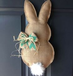 A DIY wreath for Easter! Get inspired! - A DIY wreath for Easter! 18 ideas … Get inspired! a DIY wreath for Easter. Bunny Crafts, Easter Crafts, Christmas Crafts, Couronne Diy, Diy Osterschmuck, Easy Diy, Diy Ostern, Easter Projects, Easter Ideas