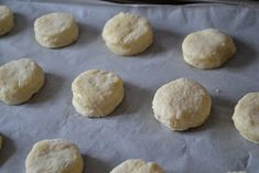 .. chute a vône mojej kuchyne...: Zemiakové pagáčiky Hamburger, Ale, Biscuits, Food And Drink, Bread, Cookies, Desserts, Fall Of Man, Crack Crackers