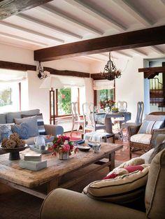 The Little Corner Spanish Interior, Country Interior, Living Room Inspiration, Interior Inspiration, College Apartments, Casual Decor, Beautiful Living Rooms, Furniture Arrangement, Dream Decor