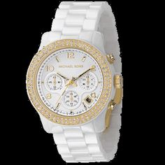 Micheal Kors Watch; not really a watch kinda girl but would definitely wear this!