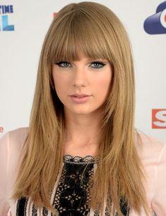 Taylor Swift's Sleek Straight Hair