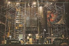 (11) The Grateful Dead's Wall of Sound vs. the Line Array (with the best photos ever seen and commentary from someone that was there and knows his stuff)   LinkedIn