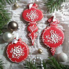 1,206 отметок «Нравится», 23 комментариев — Mezesmanna (@mezesmanna) в Instagram: «Gingerbread christmas tree ornament. #gingerbread #mezesmanna #cookies #decoratedcookies…»