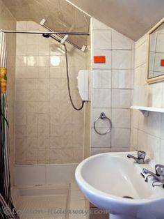 Sink Furnished Apartments, Bloomsbury, Hotel Offers, Sink, Bathtub, London, Studio, Bathroom, Sink Tops