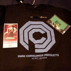#Thisfunktional #TV: #Mail Call!! #CometTV #October #Goodies  #Pins #Pen #OmniConsumerProducts #Shirt and #DraculaVsFrankenstein #PosterCard. Check out COMET TV this month for a #RobocopMarathon and some amazing #Programing. Stay tune for a #CometTVPrizePack. #ThisfunktionalTV #Television #SciFi #Horror #OctoberVibe #Halloween #Classics #ThisfunktionalMail #MailCall #Robocop #Dracula #Frankenstein http://ift.tt/1MRTm4L