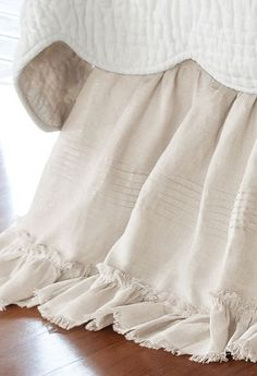 Heritage Bedskirt Nothing says summer like pure linen on the bed. The essence of laid-back luxury, our gathered linen bedskirt has a lived-in heirloom softness that layers bea