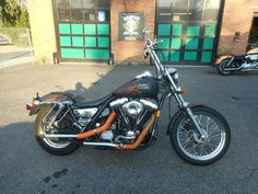 1992 Harley-Davidson FXR 1992 HARLEY DAVIDSON FXRS 1340 EVOLUTION 5 SPEED BELT DRIVE MAT BLACK STOCK TINS Harley Davidson Motor, Bobbers, My Ride, Cool Bikes, Cool Suits, Chopper, Ford Mustang, Cars And Motorcycles, Good Times