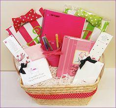 Prayer Basket ~ things to put in your basketmom Craft Gifts, Diy Gifts, Retreat Gifts, Women's Retreat, Retreat Ideas, Secret Sister Gifts, Prayer Stations, Prayer Box, Rosary Prayer