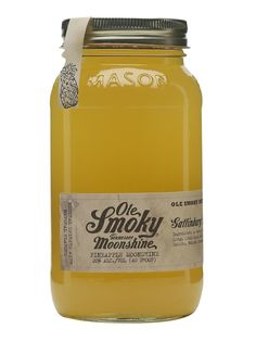 The pineapple-flavour in Ole Smoky's range of moonshines from Tennessee. The tropical-fruit flavour lends itself to be used in a Sangria – just add four parts to one part peach liqueur and two part. Vodka And Pineapple Juice, Vodka Lime, Infused Vodka, Lime Juice, Ole Smoky Moonshine, Apple Pie Moonshine, Vintage Cocktails, Rye Bourbon, Homemade Beer