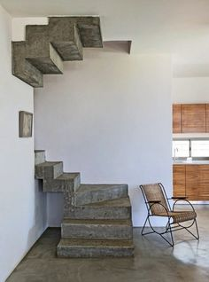 Like this idea.. But I would add handrails to make it a more family-friendly home