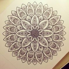 Easy healthy breakfast ideas on the good day song Mandala Art, Mandala Doodle, Mandalas Painting, Mandalas Drawing, Zentangle Drawings, Mandala Pattern, Zentangle Patterns, Mandala Tattoo, Doodle Art