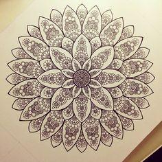 Пока она чб :) #мандала #графика #орнамент #узор #mandala #liner #pattern #ornament by Gromova_Ksenya, via Flickr