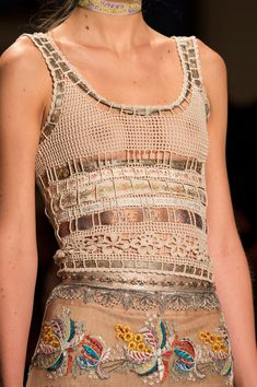 forlikeminded:     Etro - Milan Fashion Week /... - beautiful knitting