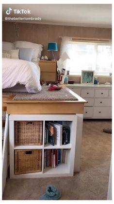 Loft Beds For Small Rooms, Loft Beds For Teens, Cool Loft Beds, Teen Loft Beds, Teen Loft Bedrooms, Lofted Dorm Beds, Tiny Bedrooms, Guest Bedrooms, Room Design Bedroom