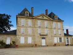 Château de Caudon►►http://www.frenchchateau.net/chateaux-of-aquitaine/chateau-de-caudon.html?i=p