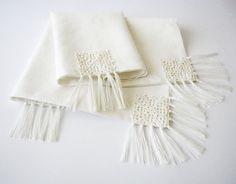 Table en lin chemin OOAK blanc/ivoire couleur par LinenBloomShop