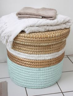 { yes! } painted laundry basket | the happy home