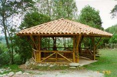 I really like this attractive photo bambu Screened Gazebo, Gazebo Pergola, Garden Gazebo, Gazebo Ideas, Backyard Kitchen, Backyard Patio, Backyard Landscaping, Bamboo Building, Building A House
