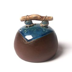 Hana Bendová - small vessel (ceramic, wood, linen string)