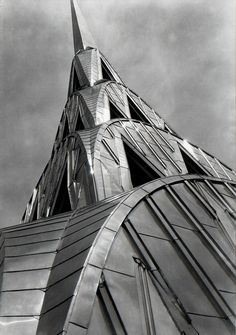 The Chrysler Building, The Queen of Art Deco New York City, New York by Margaret Bourke-White Chrysler Building, Harlem Renaissance, Bauhaus, New York City, Manhattan, Architecture Design, Margaret Bourke White, Art Nouveau, Estilo Art Deco