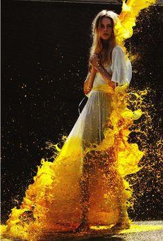 #dresscolorfully yellow