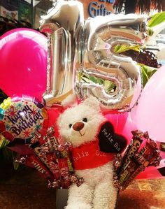 10 ideas de arreglos de 15 años Quinceanera Gifts, Ideas Para, Balloons, Day, Photoshoot, Frases, Boxes, Amor, Creative Gifts
