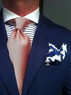 Nov 7, 2013 - This Pin was discovered by JL PAK. Discover (and save!) your own Pins on Pinterest Mode Masculine, Sharp Dressed Man, Well Dressed Men, Polo Shirts With Pockets, Summer Blazer, Grown Man, Suit And Tie, Classic Man, Gentleman Style