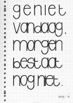 Dit is onze les, van Eckhart Tolle. Dutch Words, Words Quotes, Sayings, Dutch Quotes, Happy Words, Verse, Dating Quotes, Beautiful Words, Cool Words