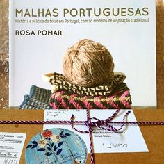 @rosapomar 's book on the history of Portuguese knitting just came in the mail—all the way from Portugal! I loved the way it was packed and saved the string and box. Now I just need my Portuguese-English dictionary for the many words I don't know. 🇵🇹🇺🇸 Maybe @liznassef can help. 👀