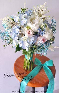 A pretty spring wedding bouquet