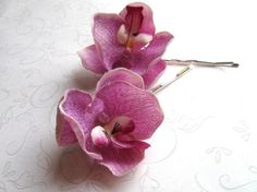 orchid bobby pins i love these!!!