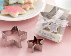 """""""A Star is Born"""" Star-Shaped Cookie Cutters with Gift Box and Organza Bow - Wedding Favors Canada, Kate Aspen Favours, Bridal Shower Favors, Party Favors, Bombonieres - Bonbonniere Ideas"""