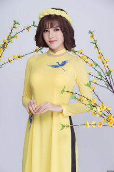Lilly Luta dịu dàng trong thiết kế áo dài xuân LAHAVA