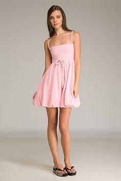 whatgoesgoodwith.com light-pink-spring-dresses-09 #cuteoutfits