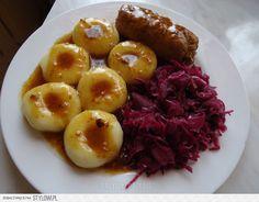 Rolada śląska z kluskami i czerwoną kapusta. - przyslij… na Stylowi.pl