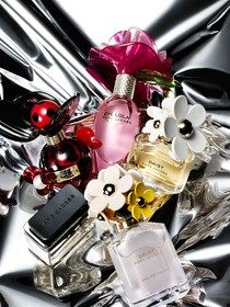 I really wish I loved the Marc Jacobs perfumes bc the bottles are so pretty, but they're not the best fragrances.
