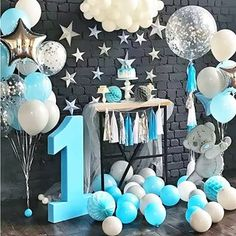 Baby Boy Birthday Themes, Baby Birthday Decorations, Boys First Birthday Party Ideas, Jungle Theme Birthday, Birthday Goals, One Year Birthday, Happy Birthday Baby, Baby Birthday Cakes, Birthday Photos