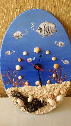 Orologio in legno di Patty creazioni