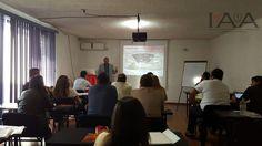 Sesionando en Guadalajara Taller de Floristería Básico. #institutoiaa #emprendeiaa  #lovewhatyoudo